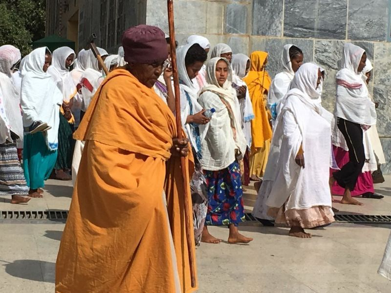 Kristen Ortodoks Negeri Habasyah memakai surban dan kerudung. (bbc)