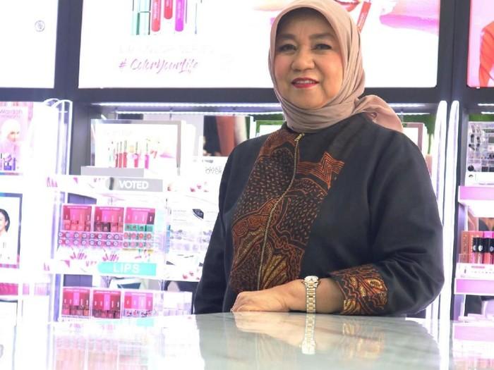 Faktor kebetulan Nurhayati Subakat besarkan kosmetik Wardah.