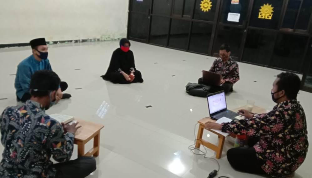 Semarak Muharram Virtual di SMP Mutu digelar selama tiga hari, Selasa-Rabu dan Jumat (18-19, 21/8/20). Kegiatan tersebut diisi beragam lomba secara daring.