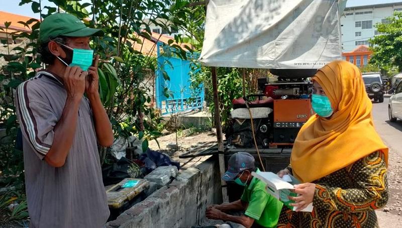 Spemma mengajak warga untuk disiplin bermasker dalam kegiatan Pakai dan Kenali Maskermu, Kamis (17/9/20).