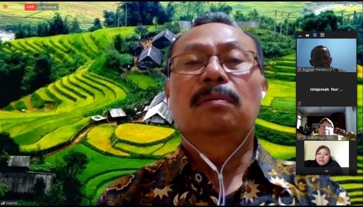 Pandemi belum berakhir, ayo lebih disiplin. Ketua Majelis Pelayanan Sosial (MPS) PP Muhammadiyah Ir Sularno MSi mengungkapkan hal itu saat Covid Talk, Jumat (18/9/2020).