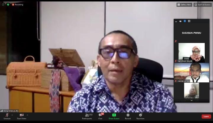 Sekolah Muhammadiyah di Ambon, guru dan siswanya Kristen. Hal itu diungkapkan oleh Sekjen Persekutuan Gereja-gereja di Indonesia (PGI) Jacky Manuputty.