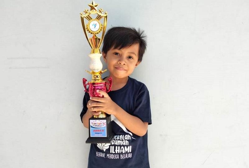 Siswa Berlian meraih juara nasional Olimpiade Matematika secara online. Penganugerahan dilakukan secara online, Sabtu (12/9/20) melalui zoom meeting.