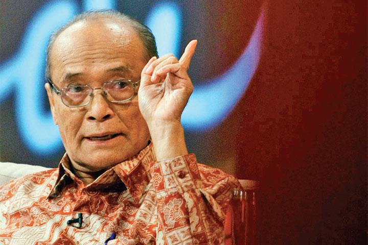 Membaca Ludah Api Buya Syafii oleh Anwar Hudijono, wartawan senior tinggal di Sidoarjo.