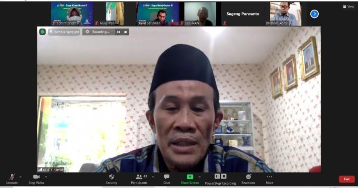 Ayo naik maqom jadi penulis opini. Hal itu diungkapkan Wakil Ketua Pimpinan Wilayah Muhammadiyah (PWM) Jatim Nadjib Hamid.