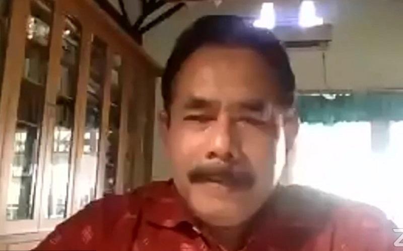 Empat komponen profesionalitas guru disampaikan Dr H Suprat MEd pada Webinar Sukses Guru dan Pimpinan Madrasah Muhammadiyah Jawa Timur secara virtual, Sabtu (24/10/2020).