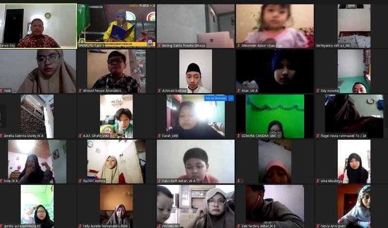 SMP Mutu menggelar  zoominar rangka memperingati Kelahiran Nabi Muhammad SAW di tengah pandemik, Rabu (28/10/20).