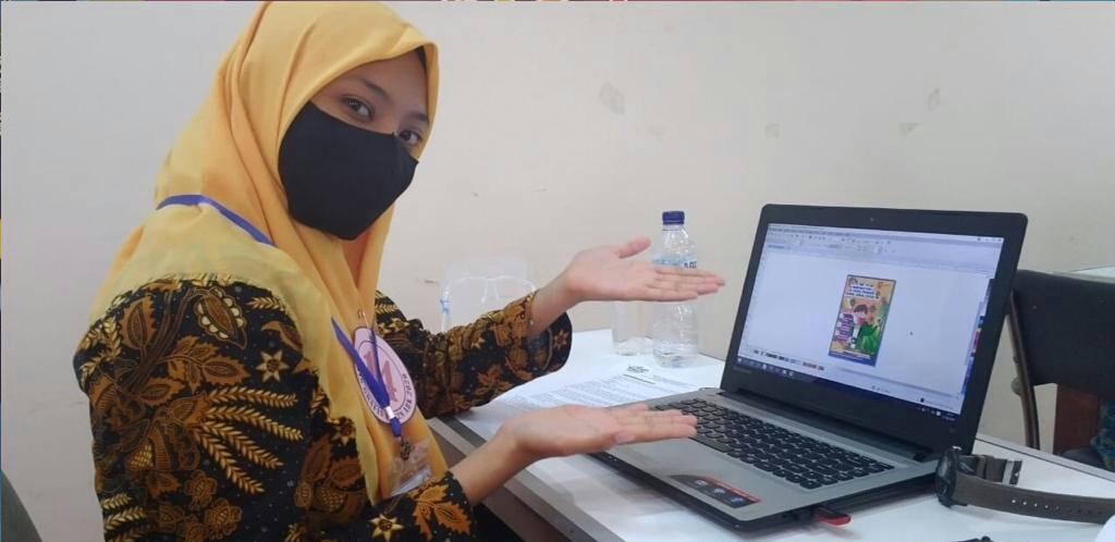 Siswa SMPLB Muhammadiyah Sidayu meraih juara 1 Desain Grafis dalam Festival Lomba Seni Siswa Nasional (FLS2N) ABK 2020 Tingkat Nasional, Rabu (30/9/20).