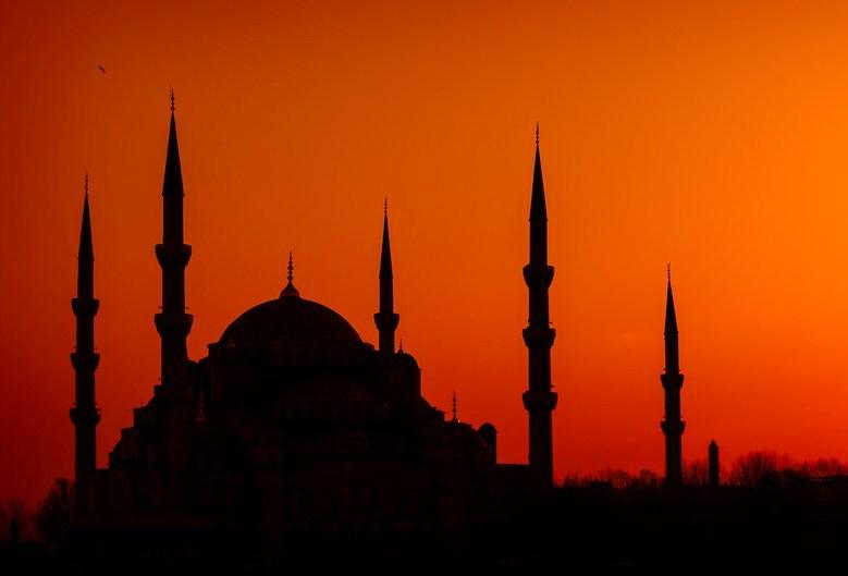 Tantangan untuk Muhammadiyah