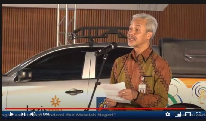 Ganjar Pranowo bawakan puisi Taufik Ismail di Resepsi Milad Muhammadiyah ke-108 M yang berlangsung virtual, Rabu (18/11/20).