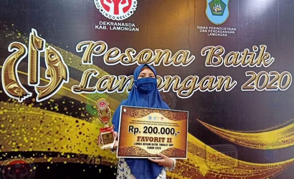 Juara Favorit Lomba Batik PWMU.CO – SMPM Jipat juara favorit Lomba Batik Lamongan 2020. Kegiatan dalam rangka hari batik nasional tersebut berlangsung Ahad-Rabu (22-25/11/20).