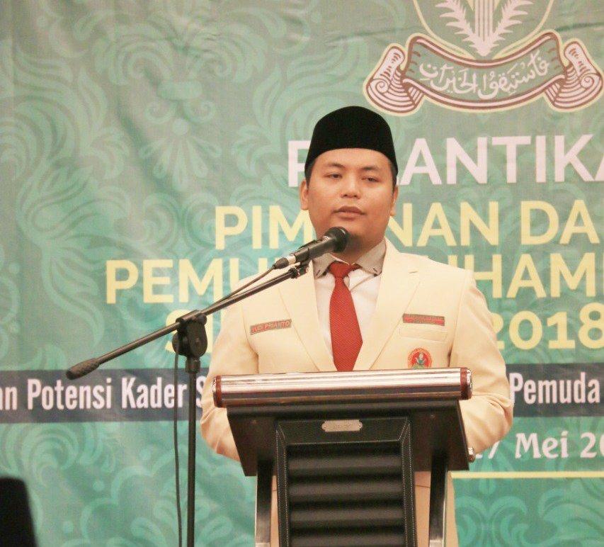 Prasasti untuk almarhum Yudi Prianto dalam bentuk Life Time Achievement diberikan atas jasa pengabdiannya pada Pemuda Muhammadiyah.