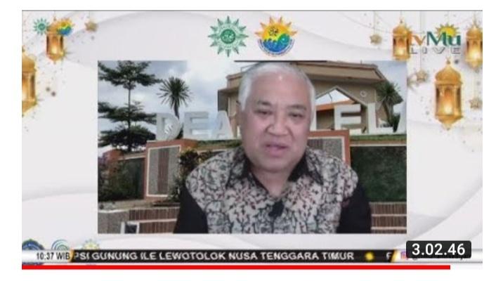 Prof Dr Din Syamsuddin MA menguraikan Islam Wasathiyah pada Munas Tarjih Ke XXXI (Tangkapan Layar Zoom Nely Izzatul/PWMU.CO)