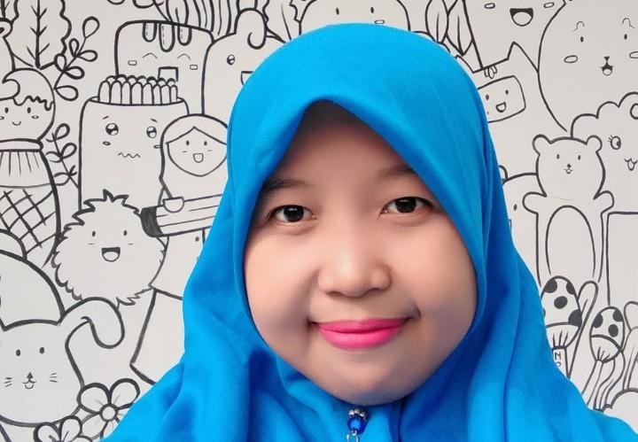 Kontributor PWMU.CO ini raih Juara I Guru Berprestasi ME Awards 2020. Dia adalah Ria Rizaniyah SPd dari SD Muhammadiyah 2 GKB Gresik.