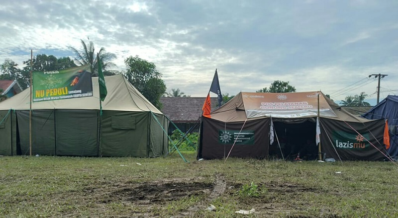 MDMC-Lazismu Lumajang membuka Posko Erupsi Gunung Semeru di Dusun Kamar Kajang Desa Sumber Wuluh Kecamatan Candi Puro Kabupaten Lumajang, Ahad (6/12/20).