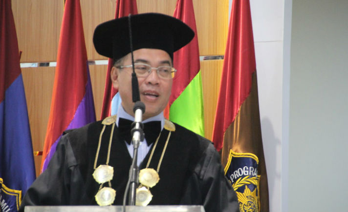 Dr Sukadiono