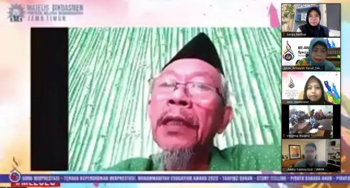 Sekolah yang maju harus membantu sekolah yang lemah. Hal itu diungkapkan oleh Ketua Pimpinan Wilayah Muhammadiyah PWM Jatim Dr M Saad Ibrahim MA.