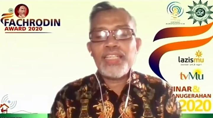Tokoh lokal berjuang berdasar hidupilah Muhammadiyah dan fastabiqul khairat. Hal itu diungkapkan oleh Anggota Tim Juri Fachrodin Award 2020 Nurcholish MA Basyari.