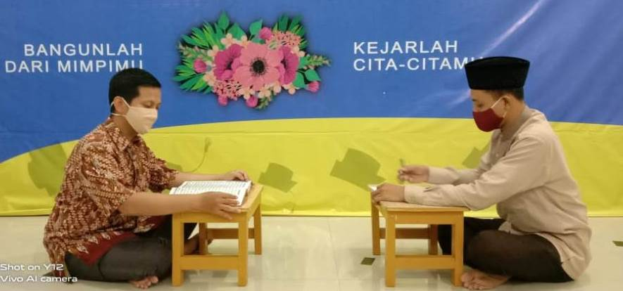 SMP Mutu gelar program Guru Mengaji, yaitu program unggulan baru untuk perbaikan bacaan al-Quran bagi para guru SMP Mutu Surabaya.