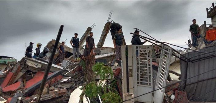 Muhammadiyah respon cepat gempa Sulawesi Barat. Gempa berkekuatan 6,2 SR mengguncang Sulawesi Barat, Jumat (15/1/2021) pukul 02.28 WITA.