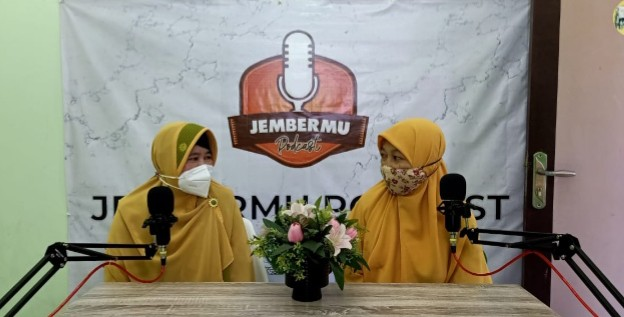 Podcast Jembermu solusi dakwah era pandemi. Hal itu diungkapkan oleh Ketua Lembaga Dakwah Khusus (LDK) Pimpinan Daerah Muhammadiyah (PDM) Jember Drs Hery B Cahyono MSi.