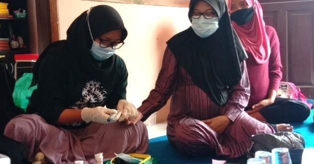 Umsida dampingi deteksi dini resiko kehamilan. Pendampingan dilaksanakan di Desa Ketimang Kecamatan Wonoayu Kabupaten Sidoarjo