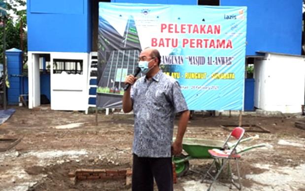 Pasca Launching Toko Muh, Pimpinan Cabang Muhammadiyah (PCM) Rungkut bangun Masjid Al-Anwar. Peletakan batu pertama dilaksanakan pada Ahad (28/2/2021).