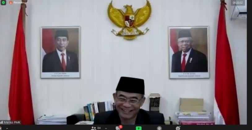 Muhadjir Effendy: alumni Ponpes Muhammadiyah harus punya dua sisi mata uang yang kuat, yakni 100 persen Islam dan Indonesia.