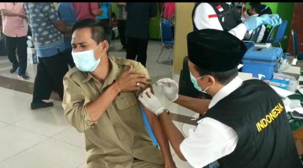 Civitas Akademika Umla dukung vaksinasi Covid-19 (Sulistiyowati/PWMU.CO)