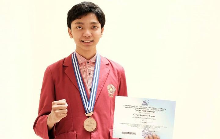 Ingin jago kompetisi, ikuti kiat mahasiswa Fakultas Kedokteran Universitas Muhammmadiyah Malang (UMM) ini. Dia adalah Radya Kusuma Ardianto.