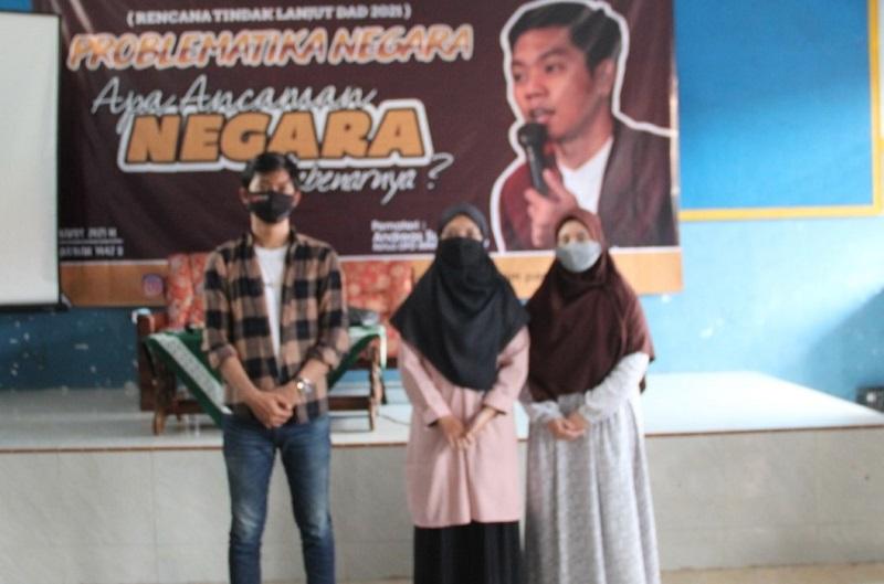 Budaya Korea bisa menjadi masalah bagi negara disampaikan Andreas Susanto dalam acara Darul Arqom Dasar (DAD) Pimpinan Komisariat Ikatan Mahasiswa Muhammadiyah (IMM) STAI Muhammadiyah Paciran, Kamis (25/03/21).