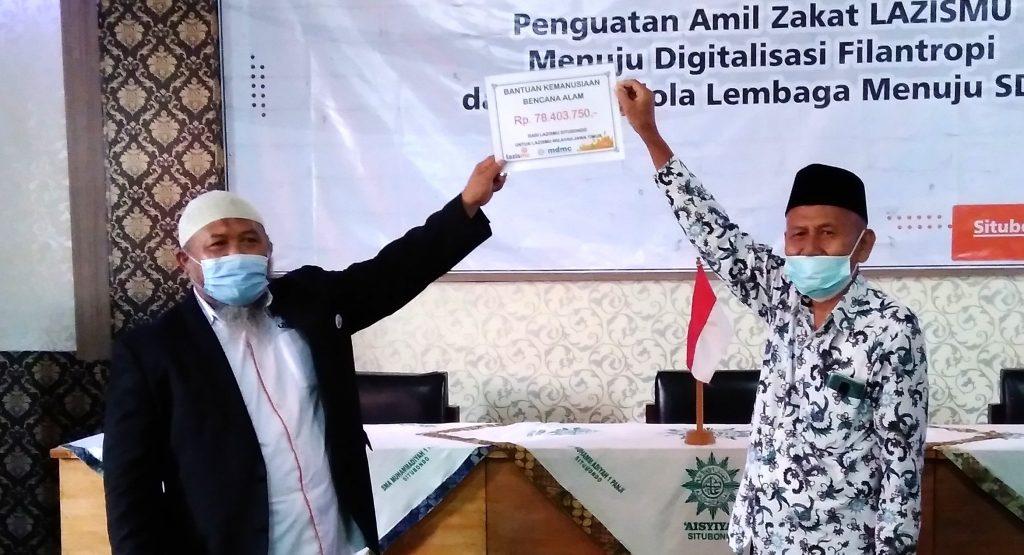 Lazismu Situbondo donasikan 78 juta untuk bencana Indonesia. Bantuan diserahkan Ketua Lazismu Situbondo Mohammad Romli SAg kepada Ketua Lazismu Jatim drh Zainul Muslimin.