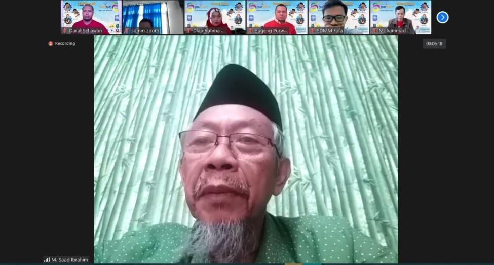 Go global, menginspirasi dunia adalah permintaan Ketua PWM Jatim Dr M Saad Ibrahim saat Resepsi Virtual Milad PWMU.CO ke-5, Ahad (21/3/21).