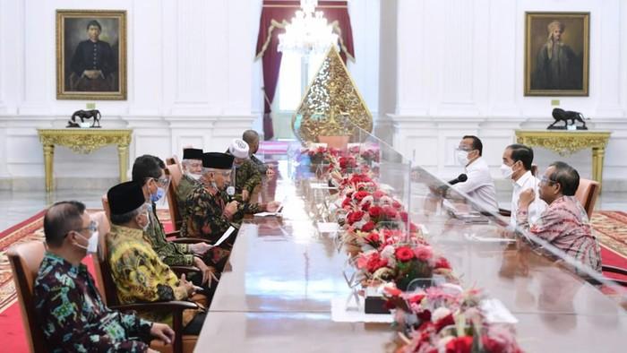 Amien Rais dari TP3 bertemu Presiden Jokowi di Istana Merdeka bahas pembunuhan laskar FPI.
