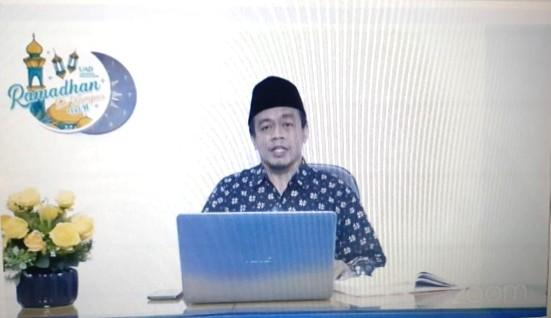 Keadilan ditegakkan dengan akhlak diungkapkan oleh anggota Majlis Tabligh Pimpinan Pusat (PP) Muhammadiyah Ahmad Arif Rif'an SHI MHI