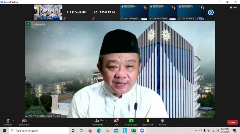 Back to The Future, aktualisasi Islam berkemajuan dalam organisasi Muhammadiyah disampaikan Prof Dr H Abdul Mu'ti MEd dalam Pengajian Ramadhan Pimpinan Pusat (PP) Muhammadiyah, Ahad (18/4/21).