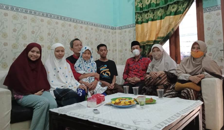 Badai dan sejumput kenangan ditulis Relung Fajar Sukmawati SPsi, penulis novel dan demisioner aktivis IMM UIN Maulana Malik Ibrahim Malang.