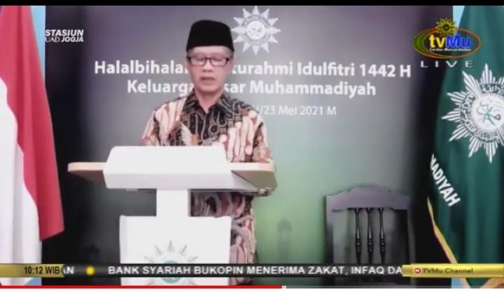 Haedar Nashir mengatakan ada tiga hal yang menjadi tantangan Muhammadiyah saat ini (Tangkapan Layar Zoom Nely Izzatul/PWMU.CO)