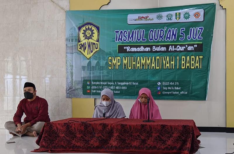 SMPM1 Babat Lamongan mengggelar program Asrama Tahfidz Tasmiul Quran di komplek Masjid Taqwa Muhammadiyah, Sabtu (8/5/21).