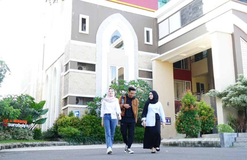 Beasiswa UMSurabaya