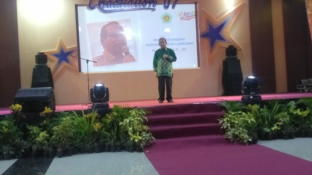 SMK Muhammadiyah Lumajang gelar wisuda, ini empat pesan Ketua Pimpinan Daerah Muhammadiyah (PDM) Lumajang Suharyo AP.