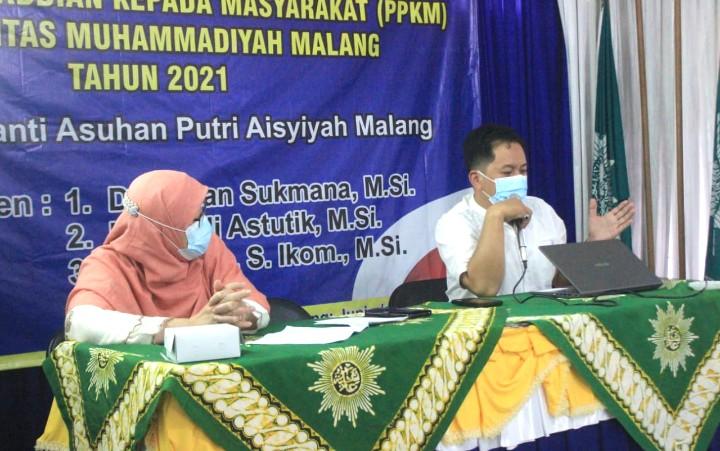 Pola asuh anak di Panti Asuhan dibahas Kesos UMM. Kegiatan ini digelar oleh PMM Kesos Universitas Muhammadiyah Malang (UMM) di Panti Asuhan Putri Aisyiyah Kota Malang pada Sabtu (12/06/2021).