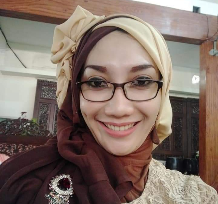 Isti Sri Rahayu, Peduli Keluarga Tak Mampu (Affan Safani Adham/PWMU.CO)