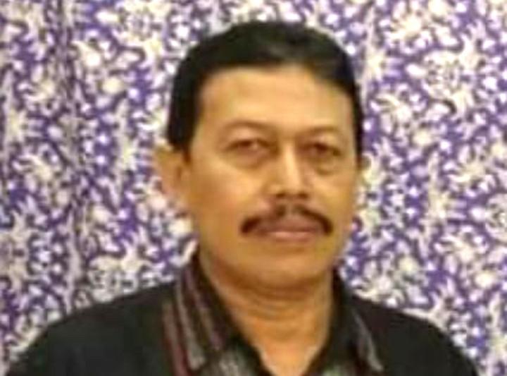 Mengenang Ahmad Fuadi penjaga Balai Dakwah Bubutan. Ahmad Fuadi wafat pada Rabu (28/7/2021) setelah lima hari dirawat di RS Unair.