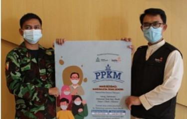 Pemuda Muhammadiyah Jabar luncurkan program Pemuda Peduli Kesehatan Masyarakat (PPKM) di Jalan Sancang 06 Kota Bandung, Kamis (22/07/2021).