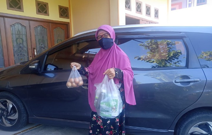 Aksi sosial alumni Ponpesmuba saat pandemi diungkapkan oleh Bendahara alumni Ponpesmuba Diyana Mufidati, Selasa (10/8/2021)