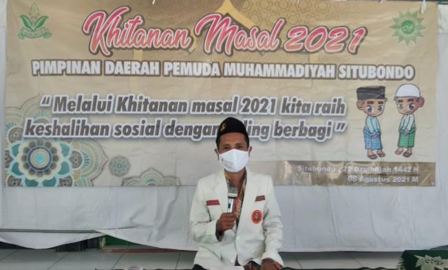 Pemuda Muhammadiyah Situbondo gelar khitanan massal di SD Muhammadiyah 1 Besuki Kabupaten Situbondo, Ahad ( 8/8/2021).
